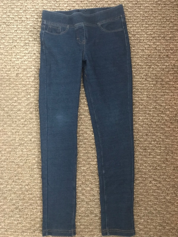 Between 10 and 12 year old girl clothing $25 or OBO df6c0c27-90a4-41db-99c9-23a4816482fa