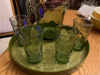 VINTAGE GLASSWARE SET  North Dumfries, N0B 1E0