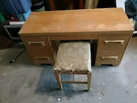 brown wooden single pedestal desk Mill Hall, 17751