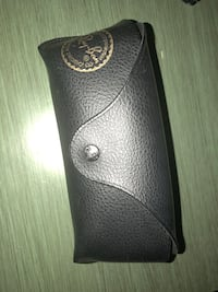 Black leather ray bans case Kensington, 20895