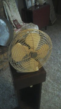 Vintage fan made by general Electric  Oklahoma City, 73162