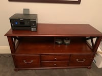 Ethan Allen Stylish Home Office Toronto, M5P 2Z6