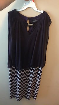 Women's black sleeveless top 609 mi