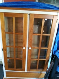 brown wooden framed glass panel door Vancouver, 98664