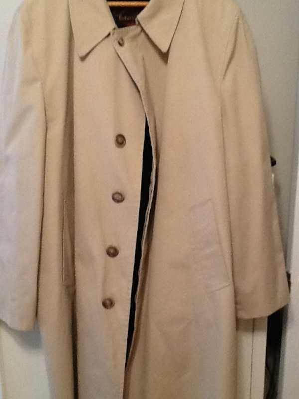 professional quality design best price Mens Weather Resistant Trench / Rain Coat- Size 48 Long - Botany 500 -  Removable Fur Liner - Excellent Condition