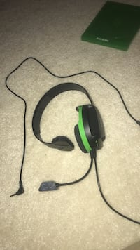 black and green Turtle Beach corded headset Clifton, 20124