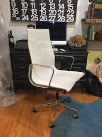 Authentic Eames Task chair in white by ICF Los Angeles, 90064