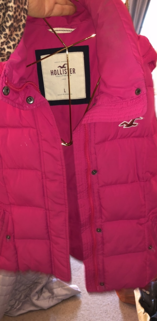pink button-up bubble jacket