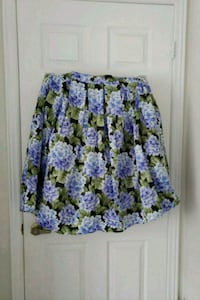 Floral skirt  - size 2x (never been worn) Toronto, M9W
