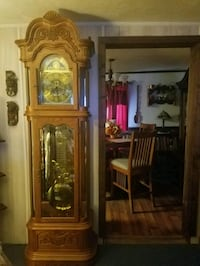 brown wooden grandfather clock  Hopkinsville