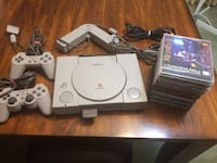 PlayStation 1 + accessories & 10 games (Read description first please) North Vancouver, V7P 1S3