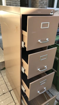 brown and white wooden 4-drawer chest Toronto, M2R 3J8