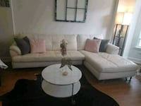 White Sectional couch and table! Jersey City, 07302