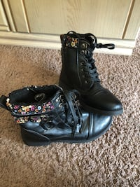 pair of black leather boots Edmonton, T5T