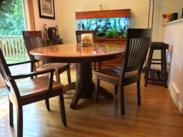 Dining room table, kitchen table Amish