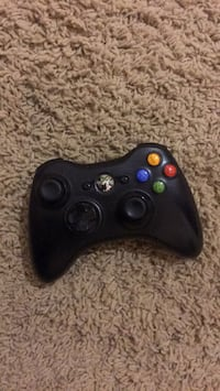 Black xbox 360 game controller Bakersfield, 93306