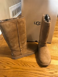 Brand New Limited Edition Tall UGG Boots in Chestnut  Toronto, M9L 2H3