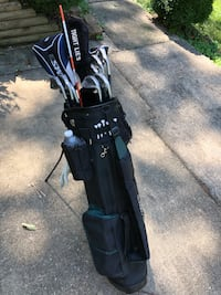Golf club set for sale with free accessories