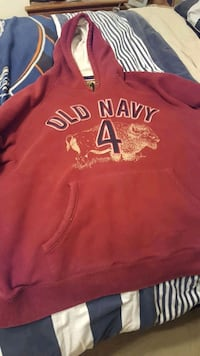 red and white Aeropostale pullover hoodie 1126 mi