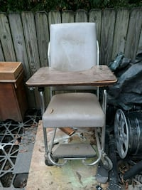 Vintage MD Halloween chair Chattanooga, 37412