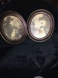 two round brown wooden framed wall decors Montréal, H8N 1R8