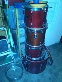 black and red drum set 2224 mi