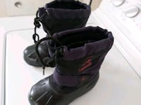 Kiddies winter boots Edmonton, T6E 5X4