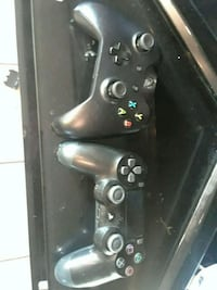 black Sony PS4 game console with two controllers Clearfield, 84015
