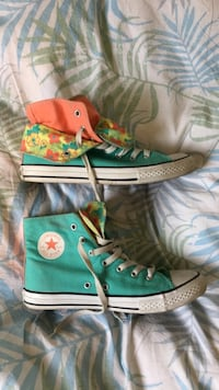 Converse limited edition, god stand