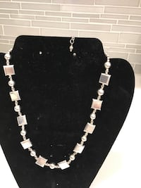 Black and white beaded necklace Altamonte Springs, 32701