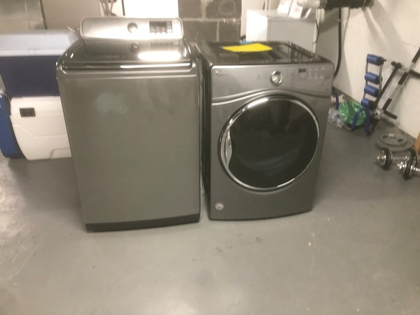 electric washer and dryer 255a0d35-1edc-43ba-b8a2-088d73a0fa11