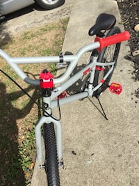 "24"" Gray and Red Tony Hawk Bicycle Vallejo, 94589"