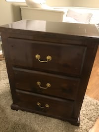 Night Stand/ End Table Perry Hall, 21128
