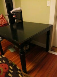 Sturdy Black Dining Table (square) best offer Waltham, 02452