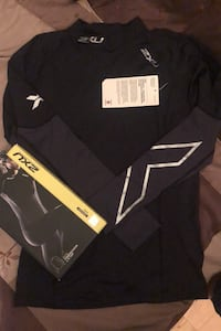 Brand New 2XU women's compression top size XL