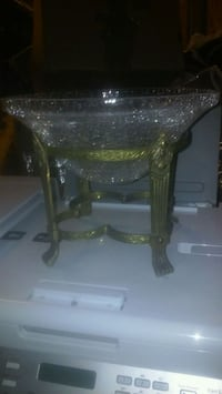 Beautiful crystal bowl w/stand Puyallup, 98375