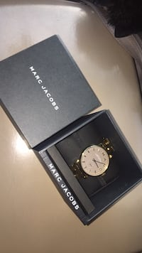 Marc by Marc Jacobs  Springfield, 22151