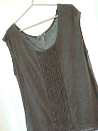 Grey Lace-Patterned Scoop-Neck Sleeveless Shirt Toronto, M4T 1C3