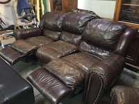 Leather reclining couch Rancho Cucamonga, 91739