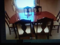 Beautiful Cherrywood Dining table and 6 chair Set Montgomery, 36109
