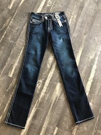 New! Straight leg women's jeans! Coaldale, T1M 1G8