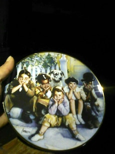 five Children's and dog Decorative Toy