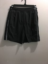 Men's large lululemon shorts Edmonton, T5E 2T3