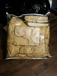 Queen size bed in a bag complete set brand new Vaughan, L6A 1Z1