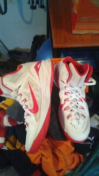 Brand new Nike  Lunaron Hyper dunks!  With airmesh Guelph, N1L 1N7