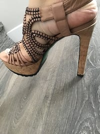 Lisa for Donald j pliner new size 8.5 Calgary, T3M 2M9