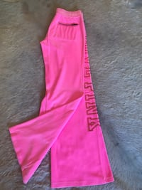VSPink neon VELOUR size medium Brentwood, 37027
