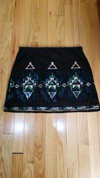 black and green floral skirt Dearborn Heights, 48125