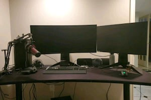 The perfect PC gaming setup.