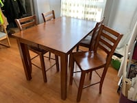Solid Wood Table w/ 4 Chairs Toronto, M6E 1C6